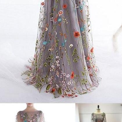 Pretty Floral Embroidery Prom Dress..