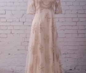 Lace Wedding Gown We..