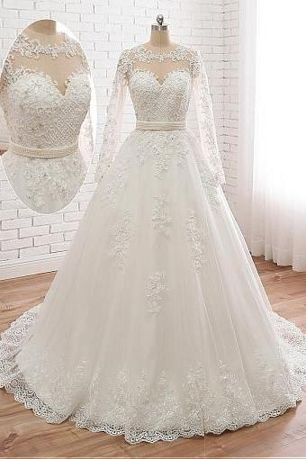 Charming Tulle Round Collar A-line Wedding Dress With Beaded Lace Appliques.W62