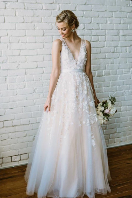 Beautiful V-Neck Sleeveless Floor Length Wedding Dresses,Gorgeous A Line Appliques Wedding Dresses.W360