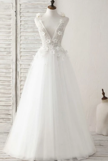 Beautiful Backless Spaghetti Straps Wedding Dresses, Charming Appliques With Beading Floor Length Wedding Gowns.W425