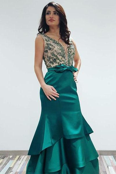 Emerald Green V-Neck Mermaid Prom Dresses,Elegant Sleeveless Brush Train Satin Evening Dresses.P746