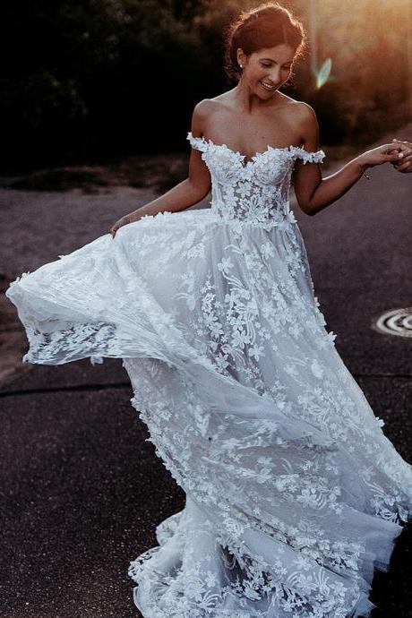 Stunning A-Line Lace Wedding Dresses,Off the Shoulder Delicate Lace Appliques Bridal Gowns.W1277